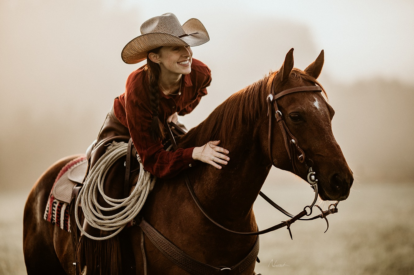 Nebel - quarter horse - cowgirl